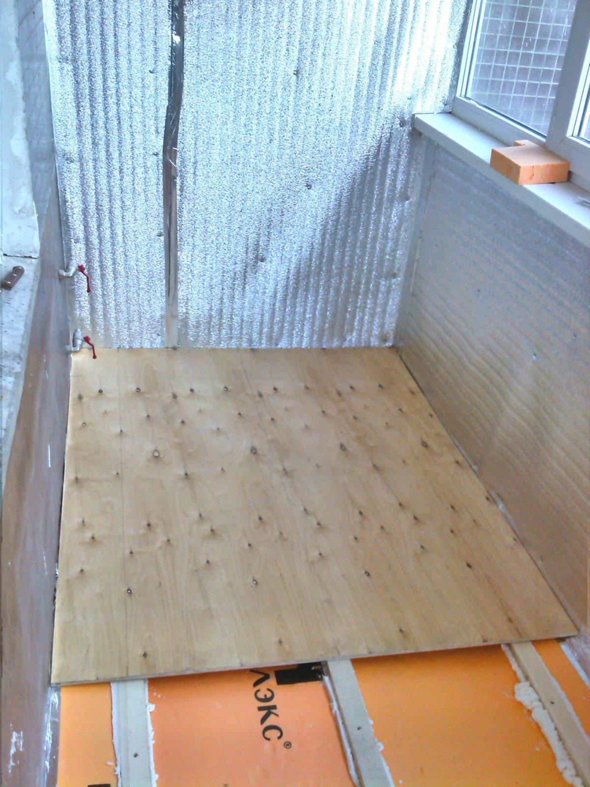Как сделать утепленные полы на балконе 265